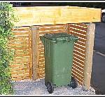 Mülltonnenunterstand gebaut
