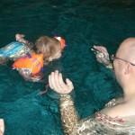 Papi-Babyschwimmen-04