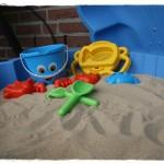 Mein Spielzeug in der Sandmuschel